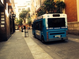 madrid-street-car-mini-bus-photography